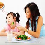 7 Lời Khuyên Cho Ba Mẹ để Giải Quyết Tình Trạng Biếng ăn Cho Trẻ.