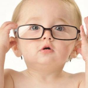 Trẻ Dễ Gặp Các Vấn đề Về Mắt Nếu Không được Cung Cấp đủ Vitamin A.
